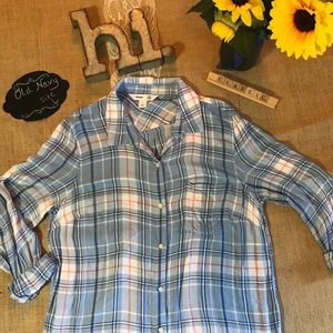 Old Navy Classic Flannel - Large